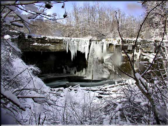 Ludlowville Falls is easy to get to, even in the Snow.